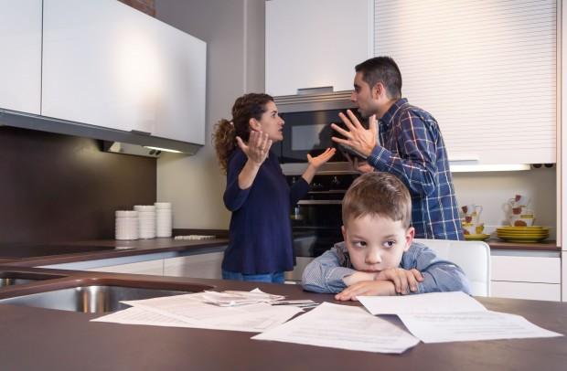Divórcio dos pais afeta rendimento escolar dos filhos