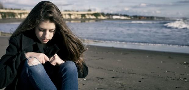 Como perceber sintomas da depressão na adolescência