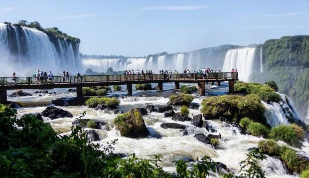 Cataratas do Iguaçu. Crédito: Bigstock.