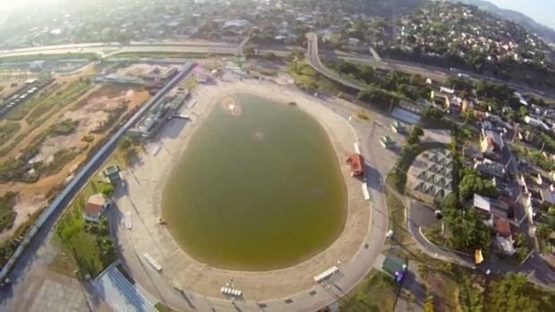 Piscinão de São Gonçalo (foto: reprodução/YouTube)