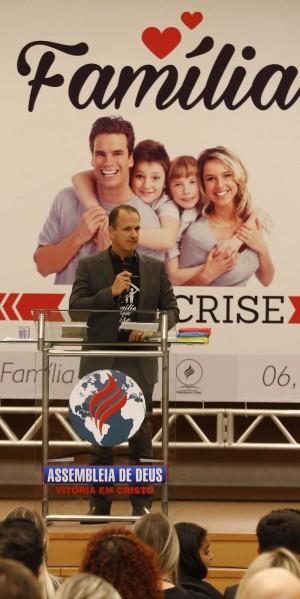 O procurador Guilherme Schelb, em evento sobre família realizado em Curitiba.