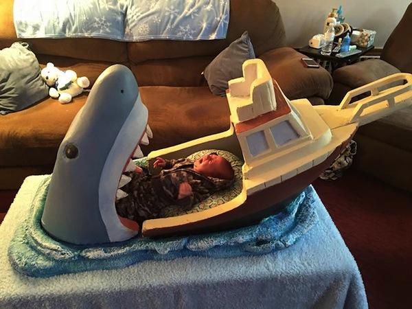cuna-bebe-tiburon