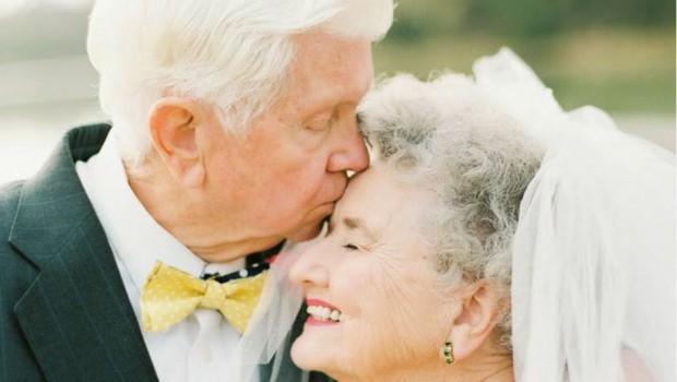 Casal completa 63 anos de casados e faz um dos ensaios mais fofos que você já viu