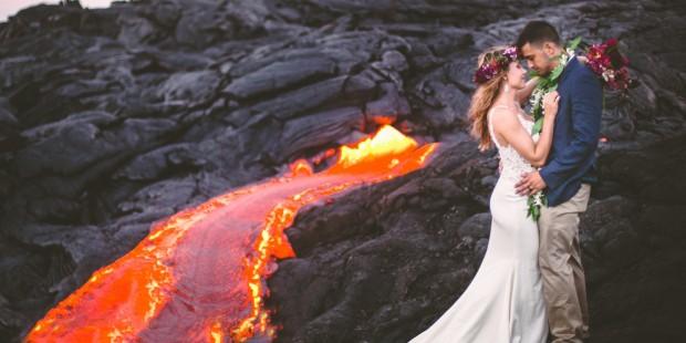 Casal faz ensaio fotográfico impressionante em vulcão ativo