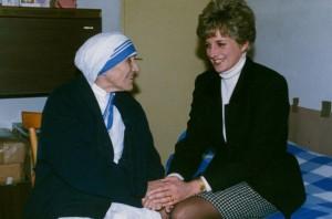 Madre Teresa e a princesa Daiana, em 1992 (foto: Domenico Stinelus/Reuters).