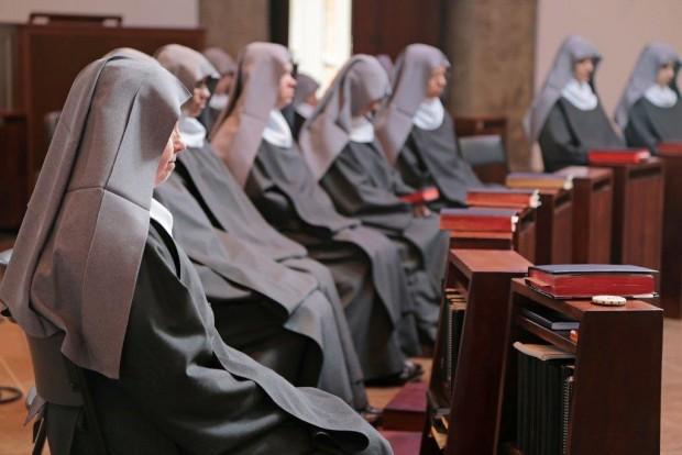 Monjas do mosteiro de Nossa Senhora da Paz, em Itapecerica da Serra (SP).