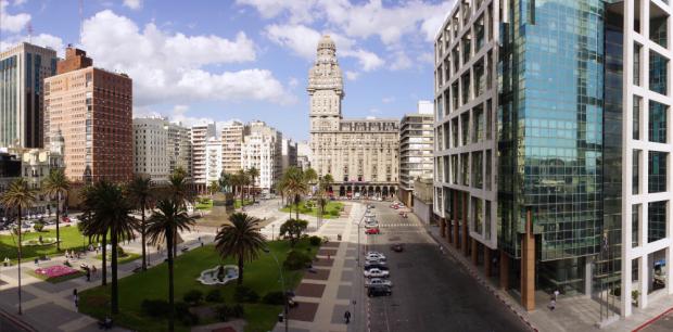 bigstock-Plaza-Independencia-On-Montevi-56369228