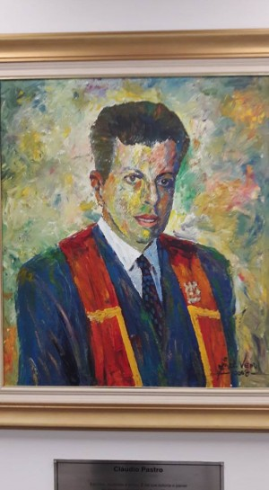 Retrato de Cláudio Pastro na PUCPR, onde recebeu o doutorado Honoris Causa