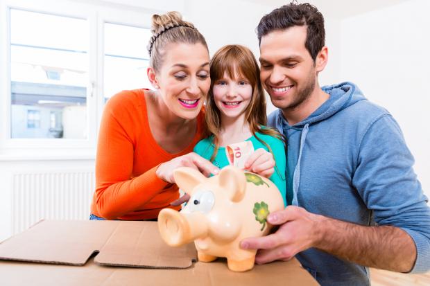 13º salário: como pais e mães podem usa-lo da forma mais benéfica para a família