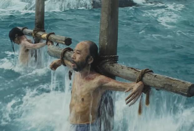 O filme fala sobre a perseguição aos cristãos no Japão do século XVII.