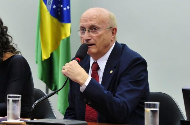 O presidente da CCJ, Osmar Serraglio (foto: Luis  Macedo/Gazeta do Povo)