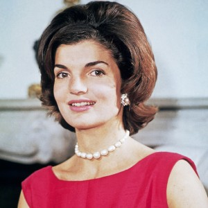 we-discovered-the-french-perfume-that-jackie-kennedy-wore-in-the-60s-2069190.640x0c
