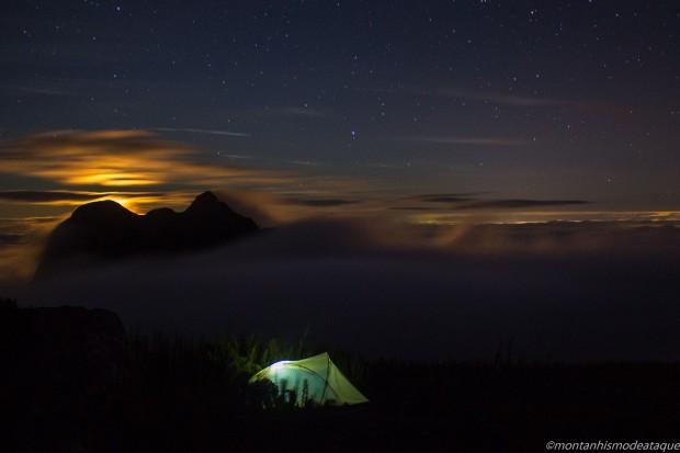 Fotos casal montanha no Paraná2