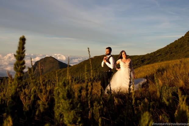 Fotos casal montanha no Paraná7