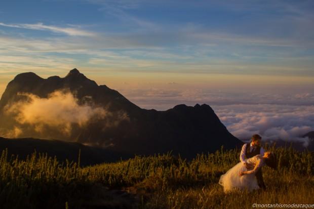 Fotos casal montanha no Paraná9