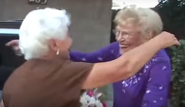 Depois de 77 anos separadas, mãe reencontra filha concebida em estupro