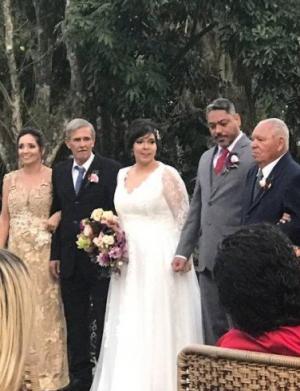 Cerimônia de casamento de Layra (foto: divulgação)
