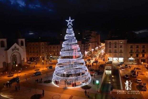 10 Árvores de Natal incríveis que você precisa conhecer