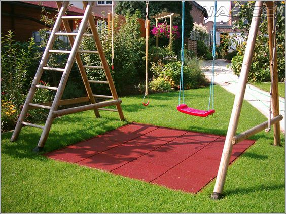 With minimal effort you can install a safe surfacing under a garden swing. Safety tiles are easily assembled on every subfloor, are ecological and long-lasting. Say goodbye to the beaten ground under a swing in your backyard.