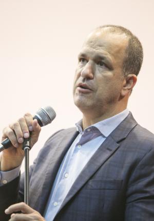 O procurador Guilherme Schelb (Fotos: Marcelo Andrade/Gazeta do Povo).
