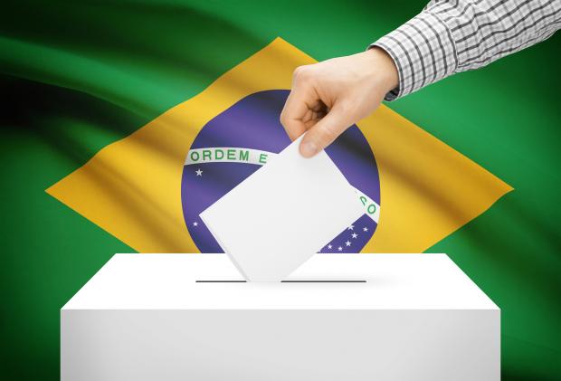 Por que os brasileiros querem um presidente de família pobre e que creia em Deus