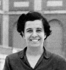 Esther Ballestrino, chefe de Bergoglio por três anos em um laboratório.