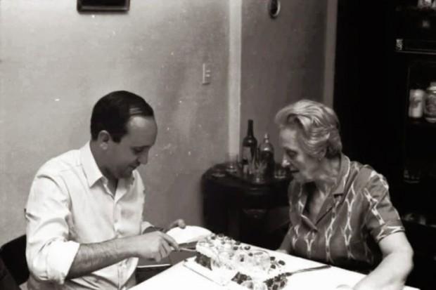 Bergoglio e a avó Rosa, sua maior influência.