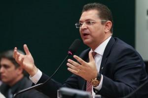 Deputado Sóstenes Cavalcante é uma das lideranças no esforço por aumentar a bancada evangélica no Congresso Nacional (Fabio Rodrigues Pozzebom/Agência Brasil).