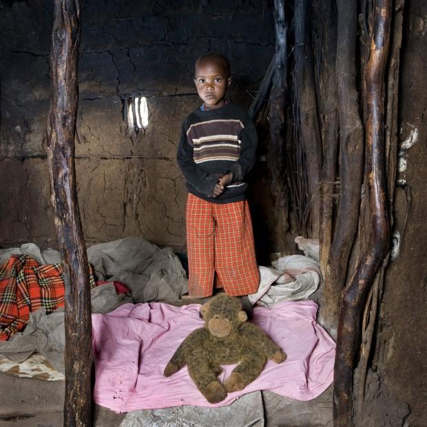 Tangawizi, de 3 anos, mora em Keekorok, no Quênia.