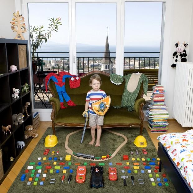 Julius, de 3 anos, vive em Lausanne, na Suíça.