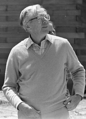Schulz, no começo dos anos 1980. Photo courtesy Orange County Archives.