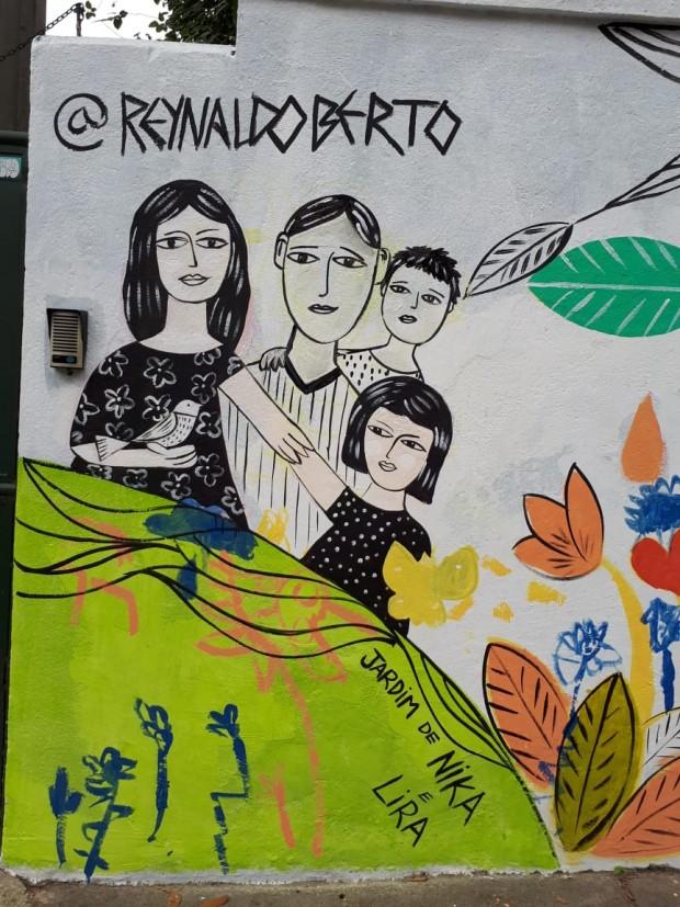 A família Kudo foi representada pelo artista. Foto: Reynaldo Berte