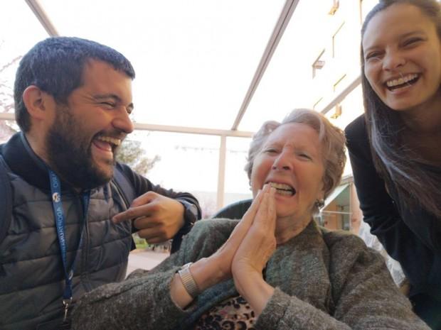 Foto: Facebook/Adopta un abuelo - Espanha