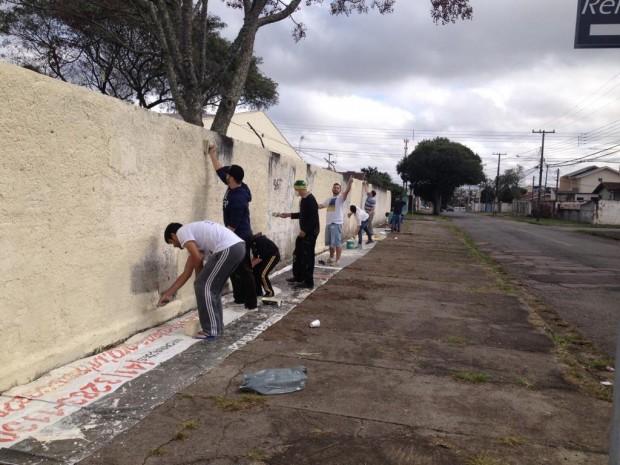 Primeiro trabalho do Projeto Mercy Day em 2015. Revitalização da Escola Estadual Lourdes Bonin | Arquivo Pessoal/Samuel Ferreira